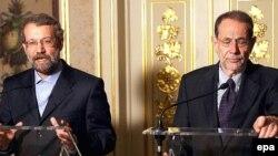لاريجانی و سولانا آخرين بار دوم تيرماه سال گذشته در ليسبون، پايتخت پرتغال با يکديگر درباره برنامه هسته ای تهران ديدار و گفت وگو کردند.