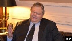 Поранешниот претседател на ПАСОК и поранешниот министер за надворешни работи на Грција, Евангелос Венизелос.