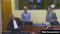 Ratko Mladić u sudnici Haškog tribunala, 8. prosinac 2011.