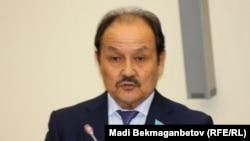 Мәжіліс депутаты Жексенбай Дүйсебаев. Астана, 26 мамыр 2016 жыл.