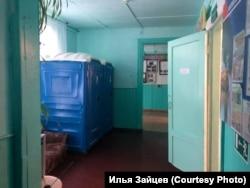 Туалеты в красноярской школе