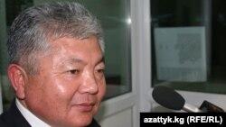 """Лидер партии """"Акыйкат"""" Аликбек Жекшенкулов."""