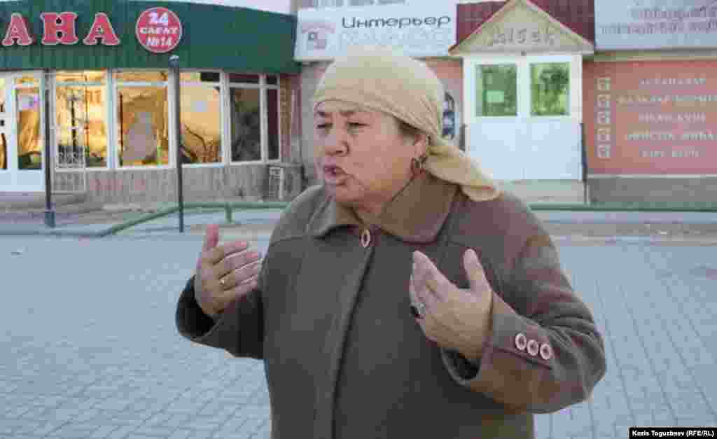 This Zhanaozenresident says there is now no food in the stores.