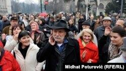 Rade Šerbedžija među demonstrantima u Sarajevu