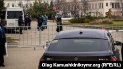 Қырымдағы Ресей қауіпсіздік күштері. 10 желтоқсан, 2014 жыл. (Көрнекі сурет)