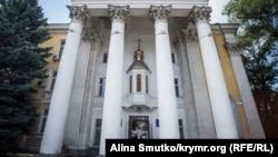 Кафедральный собор Святых равноапостольных Владимира и Ольги УПЦ КП в Симферополе