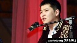 Айтыскер ақын Қайнар Алагөзов. Алматы, 11 ақпан 2012 жыл.