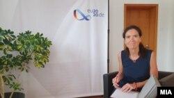 Германската амбасадорка Анке Холштајн