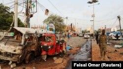 Последствия одного из терактов в Сомали, архивное фото