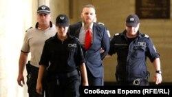 Джок Полфрийман бе осъден на 20 години затвор за убийството на Андрей Монов, син на бившия депутат от БСП и психолог Христо Монов. Австралиецът твърдеше, че във фаталната вечер на 28 декември 2007 г. се притекъл на помощ на мъж, нападнат от жертвата и негови приятели.