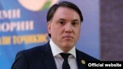 Азизбек Раҷабов