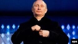Президент России Владимир Путин на церемонии открытия зимних Олимпийских игр в Сочи. 7 марта 2014 года.