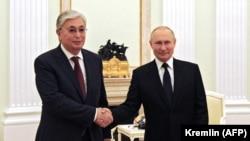 Президентлар Қасим-Жомарт Тоқаев ва Владимир Путин - Москва, 21 август, 2021