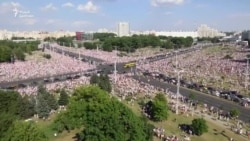 Yüz mindən çox insan Lukaşenkaya qarşı mitinqə çıxıb (VİDEO)