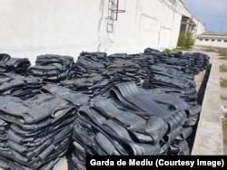 """Pneurile nu pot fi importate legal, dar samsarii de deșeuri le ascund în acte în transporturi de produse second-hand sau în produse prezentate ca """"materii prime"""""""