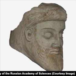 Un model 3D al capului statuii grecești, găsit în strâmtoarea Kerch.