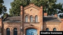 Одно из зданий берлинской тюрьмы Плётцензее, где был казнен Юлиус Фучик. Courtesy of Ahle, Fischer & Co. Bau GmbH