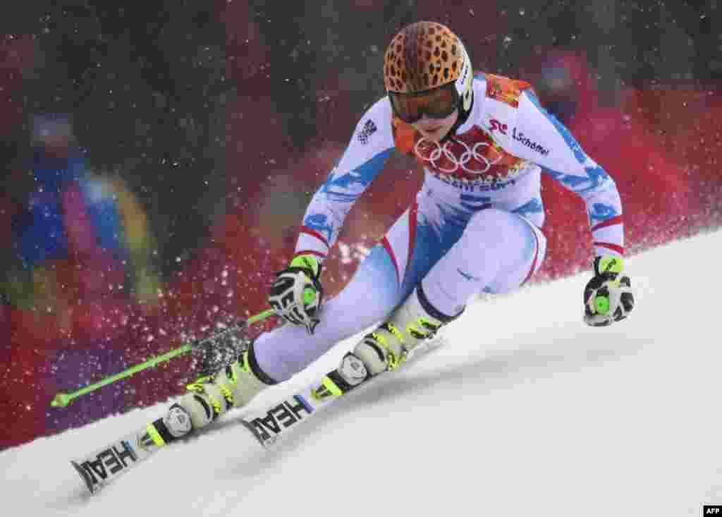 Меседил медаль щвезе рес бугей Австриялдаса Анна Фенингер гIахьаллъулей йиго мугIрузул лыжабазул кIудияб слаломалъул къецазда.