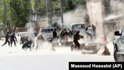 Pamje pas sulmit me bombë vetëvrasëse në Kabul.