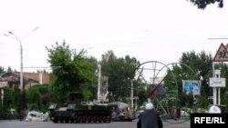 Қирғиз исëнининг¸ орадан яна беш йил ўтиб¸ андижонликларни руҳлантириши расмийларга тинчлик бермаëтган кўринади.