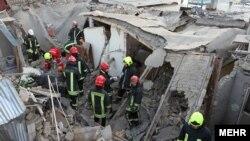 بررسیهای اولیه نشان میدهد نشت و تجمع گاز شهری باعث این انفجار شده است.