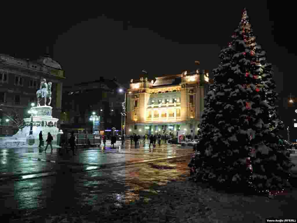 Сербия.Рождественская ночь вБелграде.