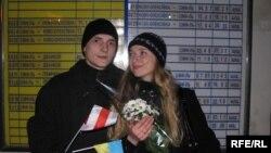 Ігор Коктиш із дружиною Іриною перед від'їздом із Сімферополя