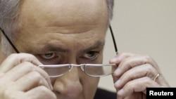 Премьер-министр Израиля Биньямин Нетаньяху (на фото) - первый из трех членов руководства страны, которые выступят перед комиссией. Он дал показания как в устной, так и в письменной форме