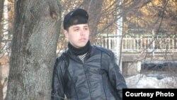 Тохир Султонов незадолго до нападения российского военнослужашего