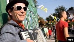 Аккордеон и прочие язычковые объединяют весь музыкальный мир