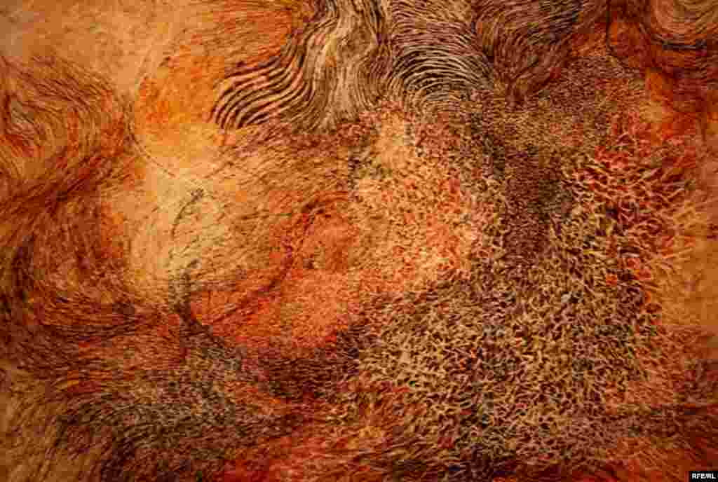 """""""Bird In Flight"""" (mixed media, 2007) by Nargess Hashemi (RFE/RL) - The show includes works from the contemporary art scene in Iran, including abstraction, portraiture, minimalism, and installation and video art. """"Wishes And Dreams"""" is the first Iranian art exhibit sponsored by the U.S. government. The exhibition will be on display in Washington until late July, when it moves on to other U.S. cities on a tour that will continue into 2008."""