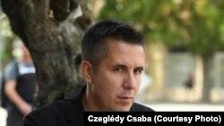 Nem nevesítik Czeglédy Csabát a közleményben, de az ellenzéki politikus reagált a vádemelés hírére