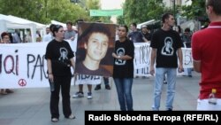 Протест против полициска бруталност организиран на повик на братот на убиениот Мартин Нешкоски, Александар, на 29 септември 2011 година..