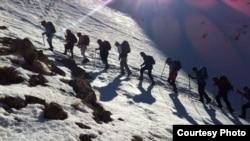 Ирандык альпинисттер.