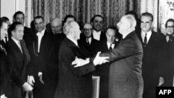 Nënshkrimi i Traktatit Elysee, Paris, 22 janar 1963.