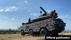 Armenia -- Armenian soldiers deploy a Tochka-U ballistic missile system, July 31, 2020.