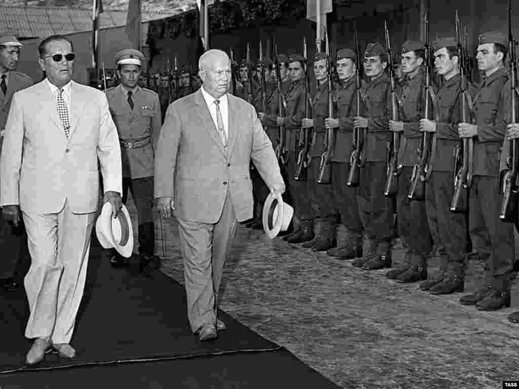 Tito (left) and Nikita Khrushchev on a visit to Dubrovnik on January 1, 1963