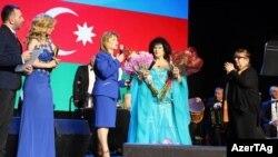 Nyu-Yorkda Zeynəb Xanlarovanın konserti anşlaqla keçib.