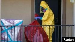 ԱՄՆ - Թեքսաս նահանգի Դալաս քաղաքում աշխատանքներ են տարվում էբոլայի տարածումը կանխելու համար, հոկտեմբեր, 2014թ․