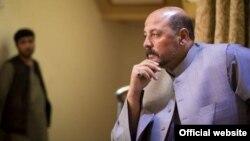 Ауғанстан президенті Хамид Карзайдың туысы Хашмат Карзай.