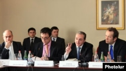 Armenia -- Negotiations on readmission/visa facilitation agreements between Armenia and EU, 27Feb2012