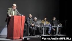 """Promocija knjige """"Bosanski rat"""" u beogradskom Domu omladine"""