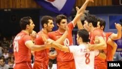 عکس مربوط به مسابقات قبلی تیم والیبال ایران است.