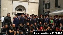 «Балканські казаки» та байкери з клубу «Нічні вовки» в Которі, Чорногорія