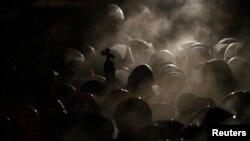 Бойцы спецназа «Беркут». 11 декабря 2011 года.