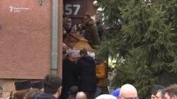 Qytetarët e Mitrovicës i japin lamtumirën Ivanoviqit