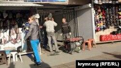 Симферополь, подземный переход на площади Амет-Хана, 20 октября 2015