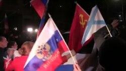 Pro-Russian Protesters Block UN Envoy's Car