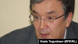 """Асыбек Бисенбаев, """"Комсомольская правда. Казахстан"""" газетінің бас редакторы. Алматы, 25 ақпан 2014 жыл"""