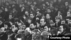 А.Галич в зале. Академгородок. Фото Владимира Давыдова